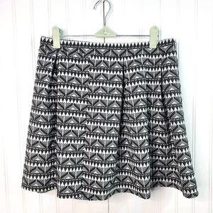 Joe B Black White Geometric Print Pleat Mini Skirt